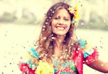 Os desfiles de Carnaval, repletos de muita alegria e folia