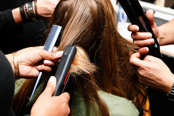 Erros a evitar para manter o seu cabelo saudável