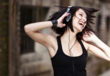 Música alta leva a surdez