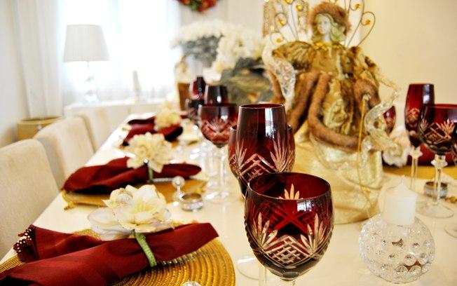 Como decorar a sua mesa de Natal