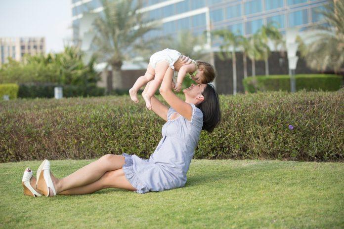 Conheça a personalidade da mãe de cada signo