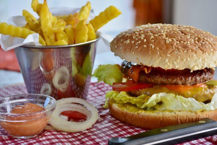 Conheça as doenças provocadas pela má alimentação