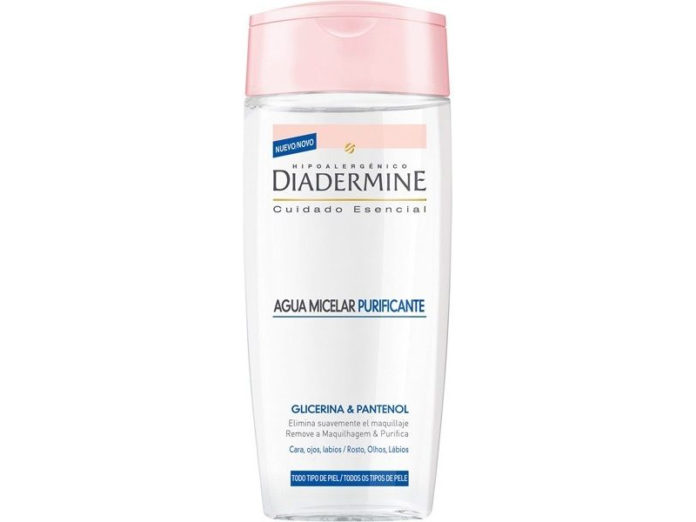 Desmaquilhagem com Diadermine Essentials Agua Micelar
