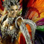 Carnaval no Rio de Janeiro, a festa brasileira ao rubro