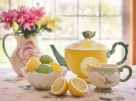 Chá verde aromatizado de limão quente