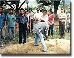 Viagem a Timor Loro Sae - Manelito funeral