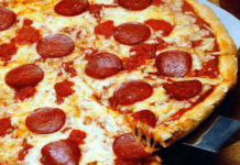 Receita de pizza pepperoni