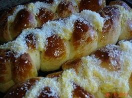 Receita de pão doce com cobertura de Creme de Baunilha
