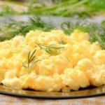 Receita de batatas com ovos mexidos