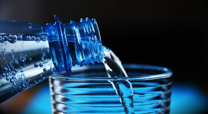 Hidratar o corpo no Inverno - beber água