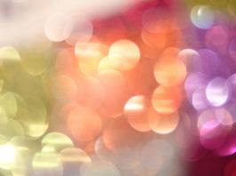 Qual a vertente terapêutica da Cromoterapia?