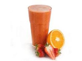 Sumo de laranja e morango