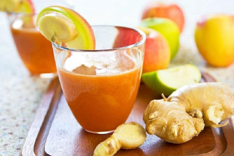 Receita de Sumo detox de gengibre, cenoura e maçã