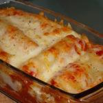 Cannelloni com salmão fumado e queijo mozzarella
